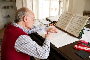 JR composing