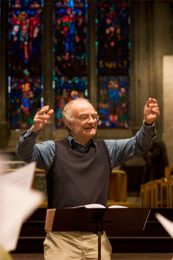 Christmas Carols with John Rutter and Bach Choir Voices